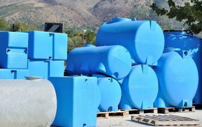 Do Polyethylene Tanks Make Effective Corrosive Chemical Storage Solutions?